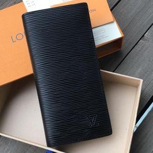LV Pure Black Wallet